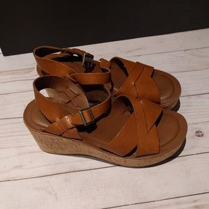 🌸🍀Genuine leather sandals by Kork-ease🍀🍀